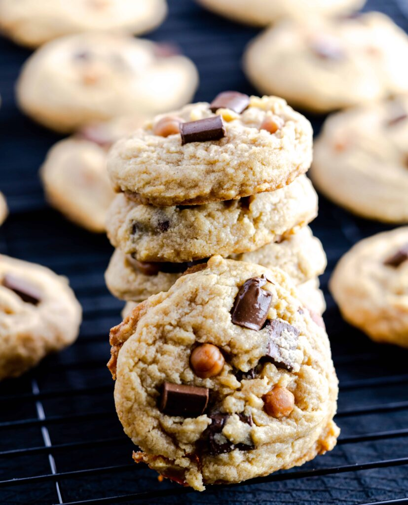 brown butter chocolate chip caramel cookies