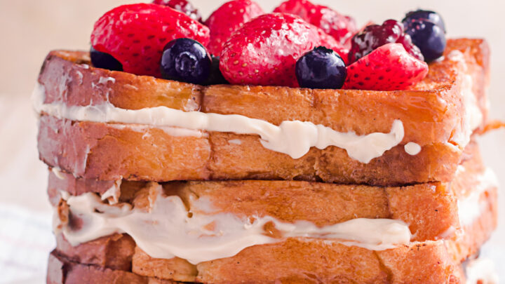 8 slices of cream cheese stuffed French toast